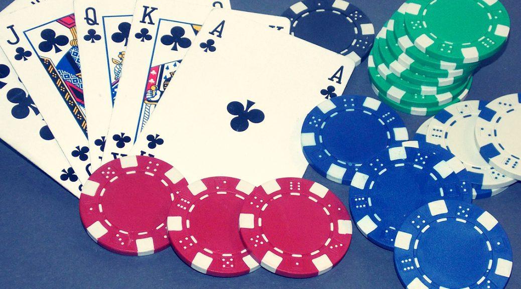 play casino games through smartphones